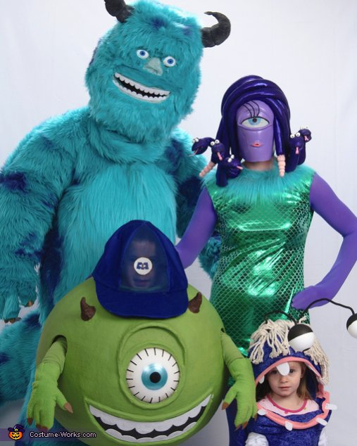 Pictures-monsters_inc_family9-jpg