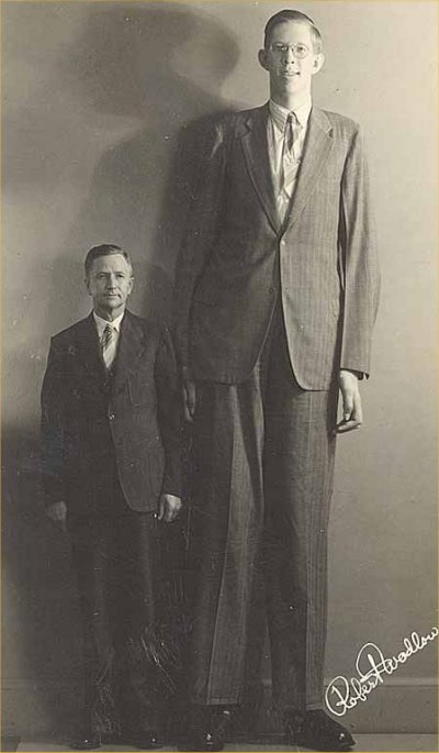 Funny Pictures, Sayings and Cartoons-robert_wadlow_and_his_father-jpg